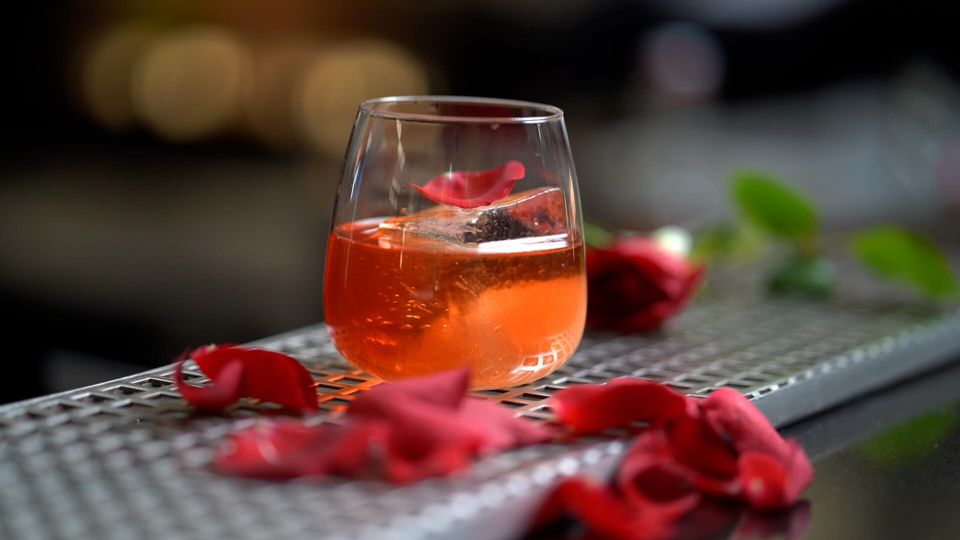 strawberry-rose-negroni-cocktail