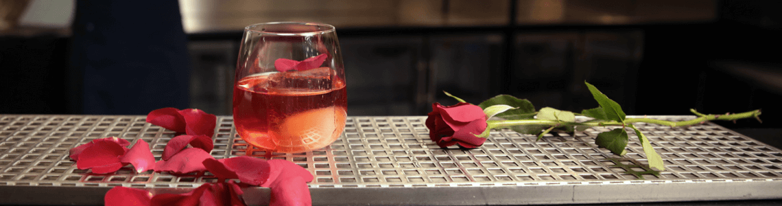 strawberry-rose-negroni-with-rose